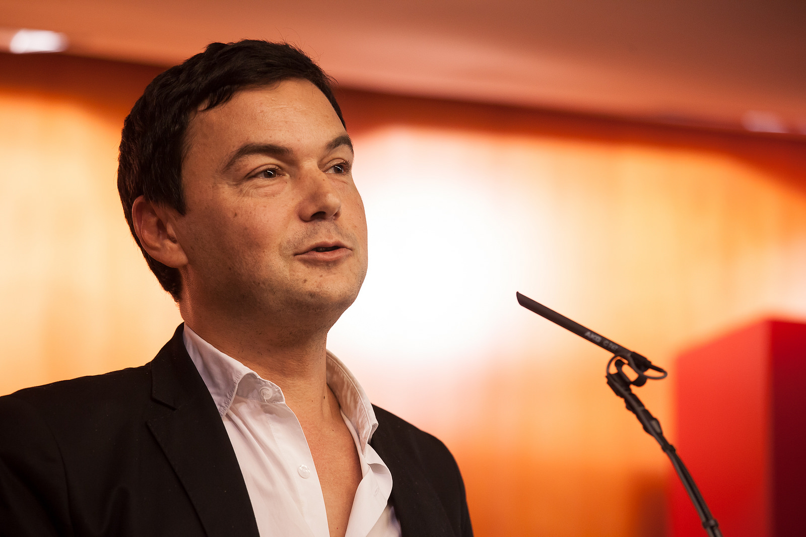 Thomas Piketty: Die Schlacht um den Euro. Interventionen. #booklewal
